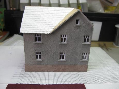 so kann man auch haeuser fuer die eigene modellbahnanlage bauen modellbahnclub orlabahn e v. Black Bedroom Furniture Sets. Home Design Ideas
